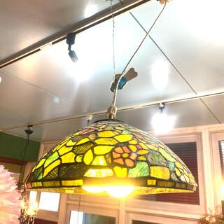 ステンドグラス照明グリーン(天井照明)