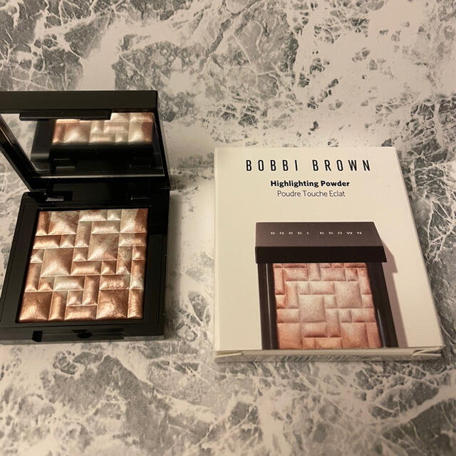 BOBBI BROWN(ボビイブラウン)の限定 ボビィブラウン ハイライト ピンクグロウ ミニ コスメ/美容のベースメイク/化粧品(フェイスカラー)の商品写真