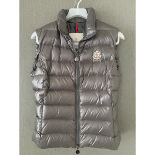 MONCLER - MONCLERダウンベスト