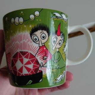 アラビア(ARABIA)の【ムーミン】マグカップ_Thingumy and Bob(グラス/カップ)