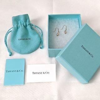 Tiffany & Co. -  【ティファニー】ティアドロップ フック ピアス