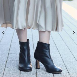 マルタンマルジェラ(Maison Martin Margiela)の【未使用品】JANE SMITH ジェーンスミス ショートブーツ カーキ色(ブーツ)