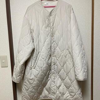 perushu キルティングコート ホワイト(ダウンジャケット)