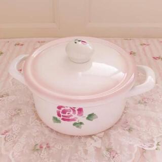 ルクルーゼ(LE CREUSET)の新品♡マニー♡ローズクラシックパンLイマンローズバスケット薔薇雑貨両手鍋琺瑯(鍋/フライパン)