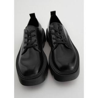 ザラ(ZARA)のzara ダービーシューズ(ローファー/革靴)