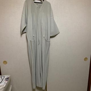 イッセイミヤケ(ISSEY MIYAKE)のHOMMEPLISSEイッセイミヤケ ジャンプスーツ(セットアップ)