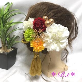 髪飾り 成人式 結婚式 卒業式 袴 大玉❣️(和装小物)