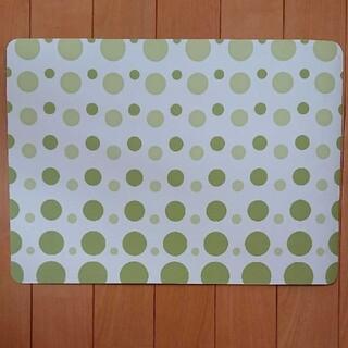 ニトリ(ニトリ)のニトリ プラスチック製ランチョンマット グリーン(緑色)(テーブル用品)