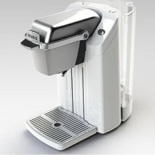 スターバックスコーヒー(Starbucks Coffee)の【新品未使用】半額 コーヒーメーカー KEURIG(キューリグ) BS300 白(コーヒーメーカー)