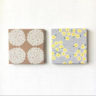 北欧 * ファブリックパネル サークルフラワーと黄色の小花