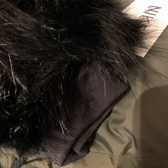 NIKE(ナイキ)の★最終値下げ★新品sacai x nike コラボダウン カーキM レディースのジャケット/アウター(ダウンジャケット)の商品写真