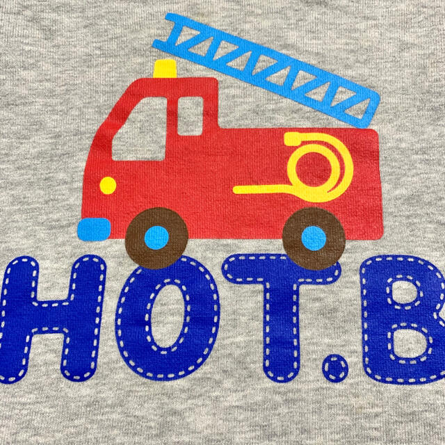 HOT BISCUITS(ホットビスケッツ)のミキハウス ホットビスケッツ 消防車プリントトレーナー 100 裏毛 グレー キッズ/ベビー/マタニティのキッズ服男の子用(90cm~)(Tシャツ/カットソー)の商品写真