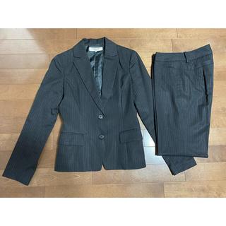 ナチュラルビューティーベーシック(NATURAL BEAUTY BASIC)のナチュラルビューティベーシック レディース パンツスーツ上下 黒 ストライプ S(スーツ)