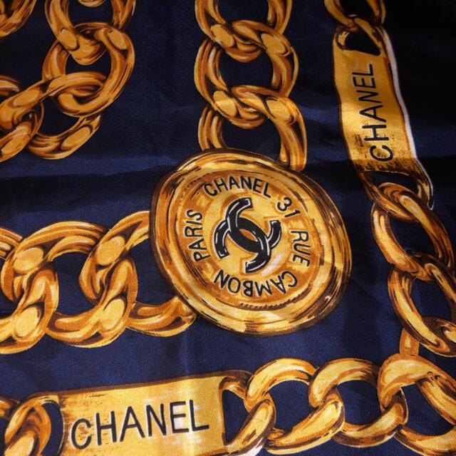 CHANEL(シャネル)のシャネル スカーフ レディースのファッション小物(バンダナ/スカーフ)の商品写真