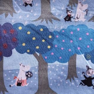リトルミー(Little Me)のムーミン生地 森の散歩 ブルー×ブルー(生地/糸)