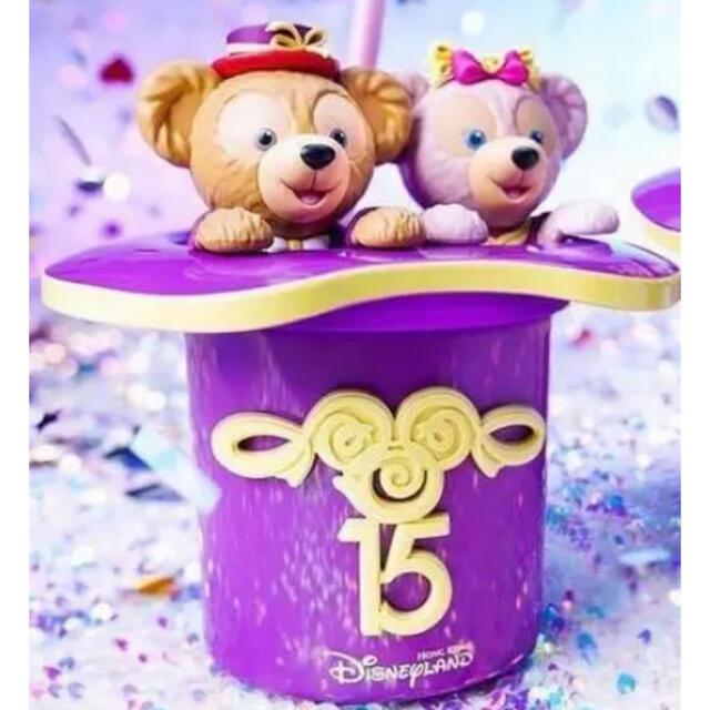 ダッフィー(ダッフィー)の香港ディズニー15周年ドリンクボトル♡ エンタメ/ホビーのおもちゃ/ぬいぐるみ(キャラクターグッズ)の商品写真