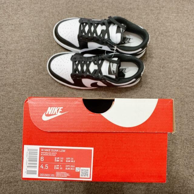 NIKE(ナイキ)の23cm ウィメンズ ナイキ ダンク ロー dunk パンダ レディースの靴/シューズ(スニーカー)の商品写真