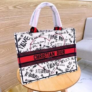 Christian Dior - 新品Diorノベルティートートバッグ