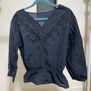 ジーユー(GU)のネイビーきれいめシャツM size(シャツ/ブラウス(長袖/七分))