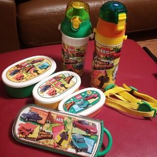 タカラトミー(Takara Tomy)のトミカ TOMICA ADVENTURE 水筒&お弁当箱&カトラリートリオセット(弁当用品)