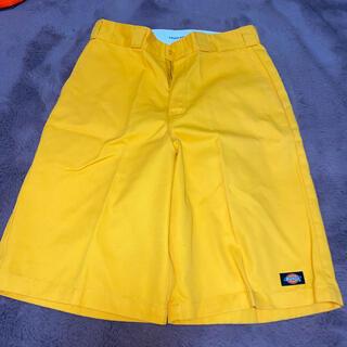 ディッキーズ(Dickies)のDickies ディッキーズ ハーフパンツ 黄色 サイズ32(ワークパンツ/カーゴパンツ)