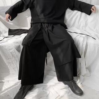 【人気上昇中の逸品レイヤード】ワイドパンツ アシンメトリー 黒 フリーサイズ