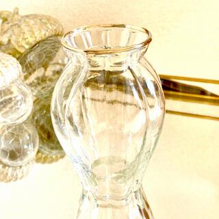 エイチアンドエム(H&M)のももちゃん さま専用  ガラス フラワー ベース(花瓶)