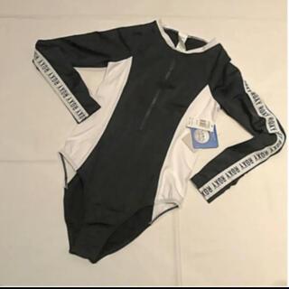 Roxy - roxy ラッシュスーツ オーストラリア 新品 m