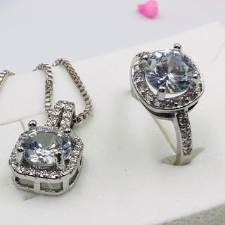 17号ネックレスセットAAA級czダイヤモンドスクエアカットシルバーリングF(リング(指輪))