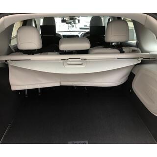 ジープ(Jeep)の【新品未使用】純正リアーカーゴカバー Jeep Cherokee ジープ KL(車内アクセサリ)