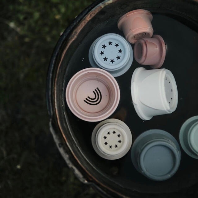 BorneLund(ボーネルンド)のmushie スタッキングタワー ムシエ スタッキングトイ スタッキングカップ キッズ/ベビー/マタニティのおもちゃ(知育玩具)の商品写真