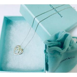 Tiffany & Co. - 美品 ティファニー 750YG/SV925 ハートリボンペンダント ネックレス