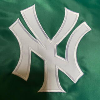 マジェスティック(Majestic)のMAJESTIC  New York Yankees スタジャン 美品(スタジャン)