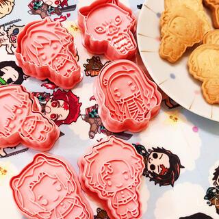 値下げ【即購入OK】鬼滅の刃 クッキー型 炭治郎 禰豆子 大人気 H123