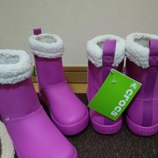 クロックス(crocs)の新品タグ付き crocs 19.5センチ ブーツ 2足セット(ブーツ)
