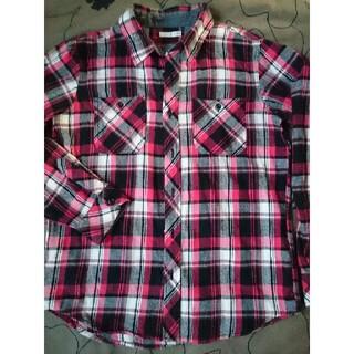 ジーユー(GU)のGU チェックシャツ(Tシャツ/カットソー)