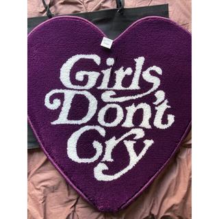 Girls Don't Cry ガールズドントクライ 伊勢丹  ハートラグマット(その他)