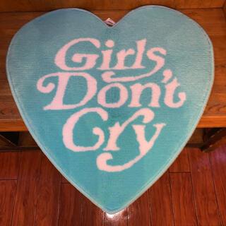 ジーディーシー(GDC)のgirls don't cry ラグマット(ラグ)