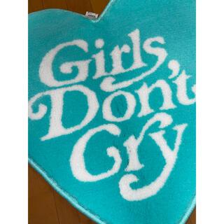ジーディーシー(GDC)のverdy 伊勢丹 Girls Don't Cry  ハートラグ(ラグ)