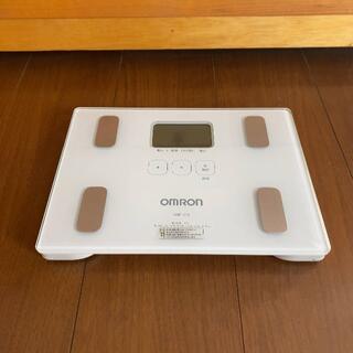 OMRON - OMRON 体重計 HBF-212