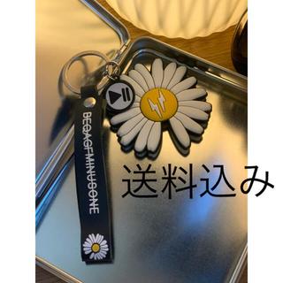 ピースマイナスワン(PEACEMINUSONE)のG DRAGON☆デイジー雛菊のシューズ ☆スニーカー キーチェーン(キーホルダー)