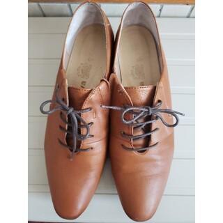 サヴァサヴァ(cavacava)のサヴァサヴァ本革 レースアップパンプス 23.5cm(ローファー/革靴)