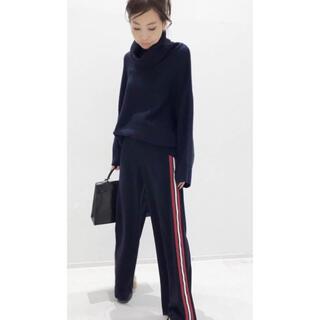 新品タグ付き VOLUME KNIT& Thick pants
