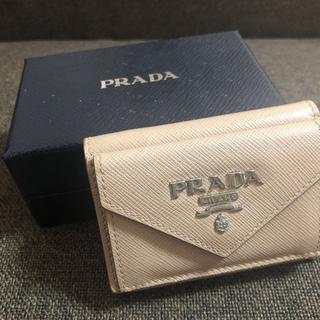 プラダ(PRADA)のPRADA ♡ 三つ折り財布 ミニサイズ 人気(財布)