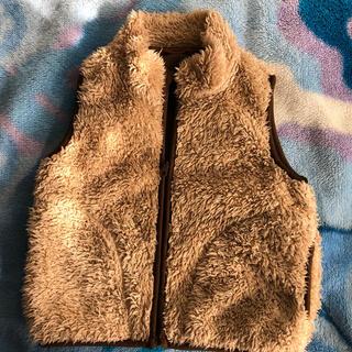 ユニクロ(UNIQLO)のボアベスト 子供服(ジャケット/上着)