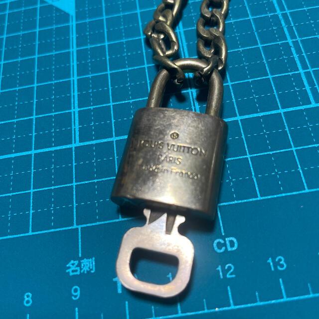 LOUIS VUITTON(ルイヴィトン)のルイヴィトン 南京錠 パドロック ネックレス 342 メンズのアクセサリー(ネックレス)の商品写真