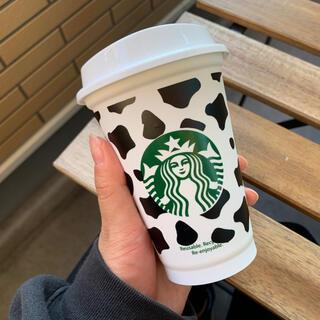 スターバックスコーヒー(Starbucks Coffee)の【black】スターバックス タンブラー リユーザブルカップ 新品未使用 牛柄(容器)