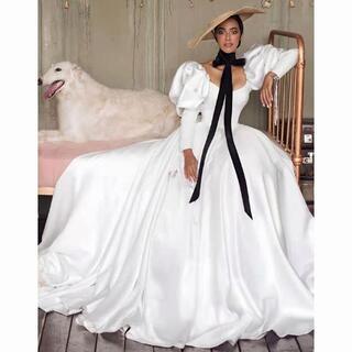 高品質! ウエディングドレス ホワイト ロングトレーン パフスリーブ ファスナー(ウェディングドレス)