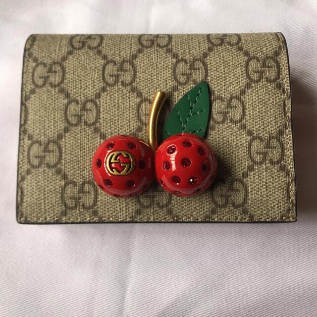 Gucci(グッチ)のgucciさくらんぼ 財布 レディースのファッション小物(財布)の商品写真