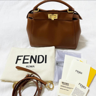 フェンディ(FENDI)の美品♡FENDI PEEKABOO MINI NAPPA BAG(ハンドバッグ)